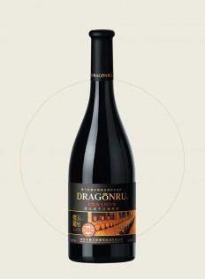 黑比诺干红葡萄酒